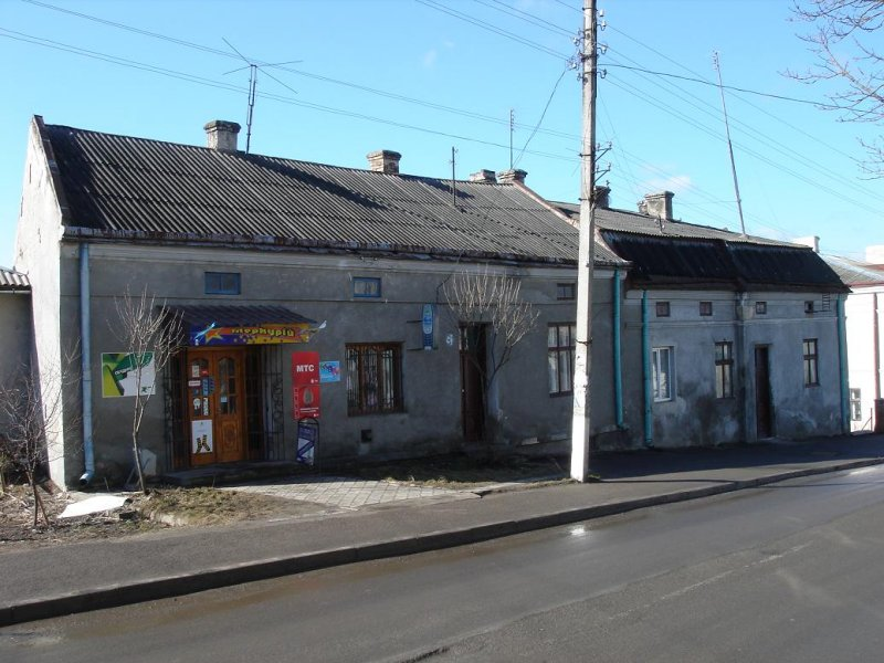 likely Dudky Horn residence on Halitskaya street (on the right)