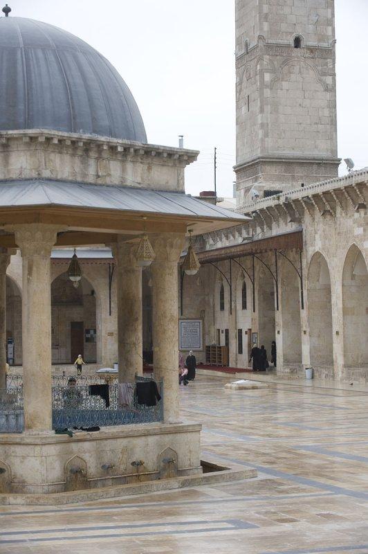 Aleppo april 2009 8992.jpg