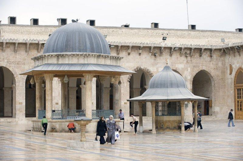 Aleppo april 2009 8997.jpg