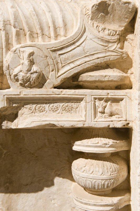 Palmyra apr 2009 9964.jpg