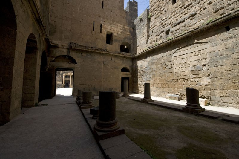 Bosra apr 2009 0620.jpg
