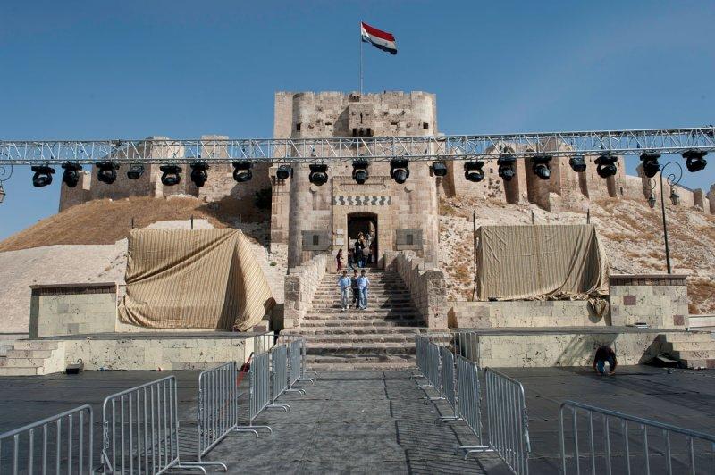 Aleppo Citadel september 2010 9930.jpg