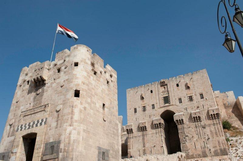 Aleppo Citadel september 2010 9931.jpg