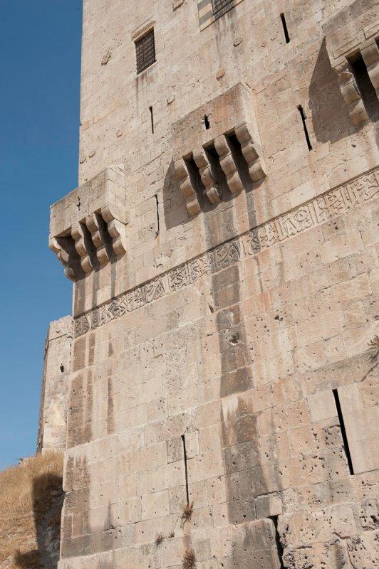 Aleppo Citadel september 2010 9941.jpg