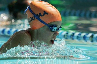 s_swim_3-2-08_06.jpg