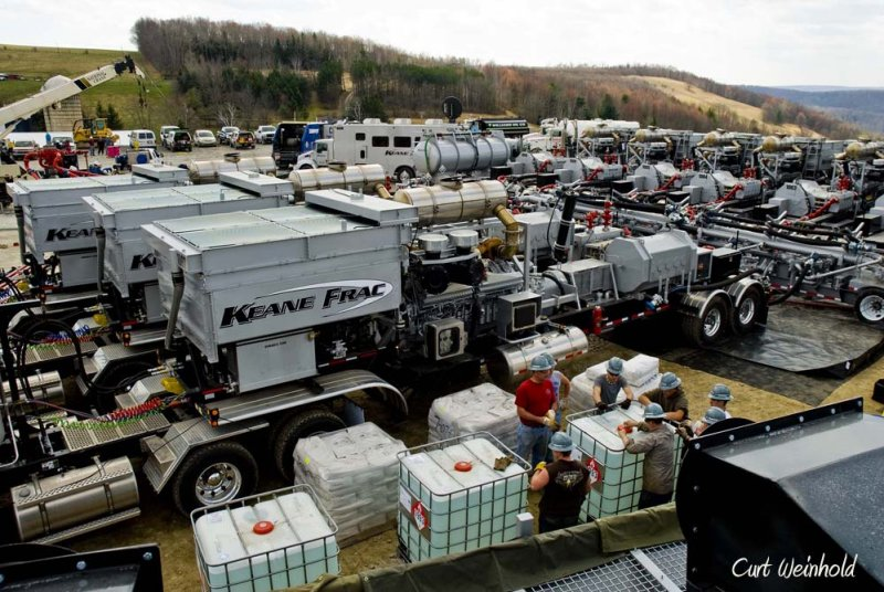 Equipment in place for fracturing shale.