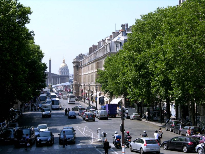 <strong>Paris <br> Rue Royale</strong>