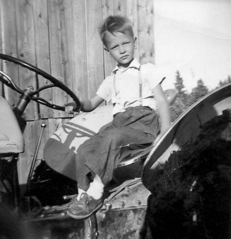 Votre serviteur en 1955 / Yours Truly in 1955