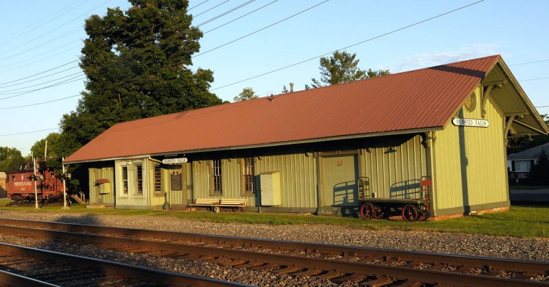 North Olmsted Falls Depot