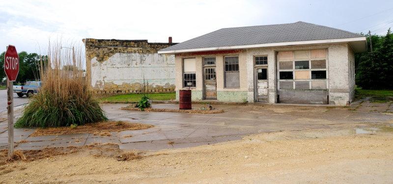Old Gas Station in Portis KS