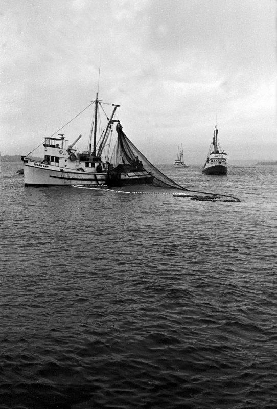 Alaska Fishing 1975 0013.jpg