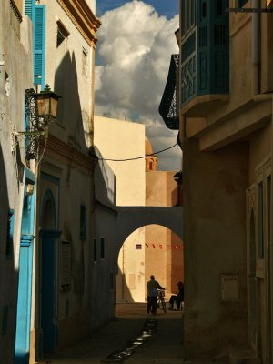 Filling the space, Kairouan, Tunisia, 2008