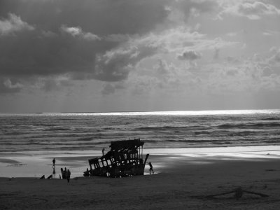 Wreck of the Peter Iredale, Fort Stevens State Park, Oregon, 2009