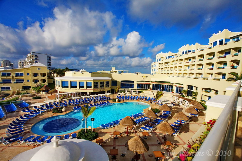 real cancun hotel