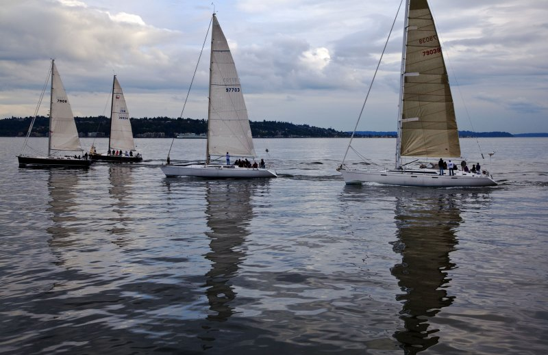 sailing boats on elliot bay
