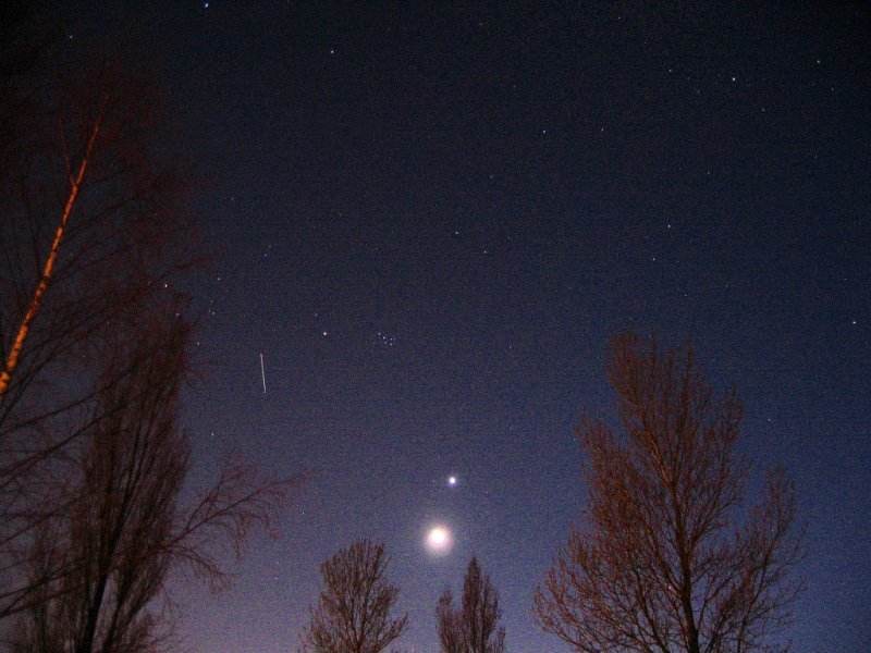 Moon, Venus, Pleiades and the ISS - 24 march 2004