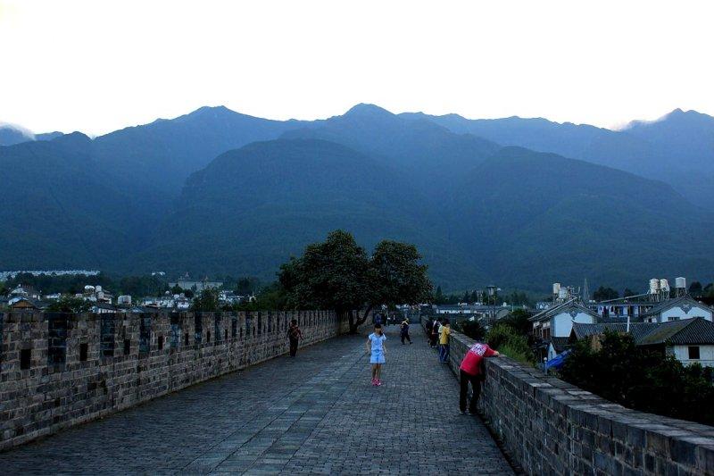 City Wall of Dali - Cang Mountains