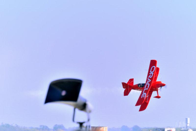 Acrabatic Bi-plane