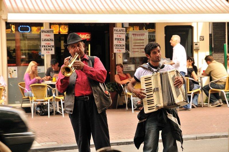 Sidewalk Troubadours - Amsterdam