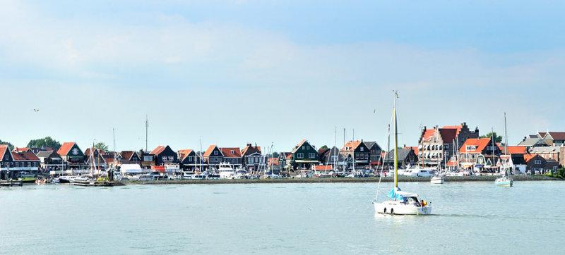 Leaving Volendam