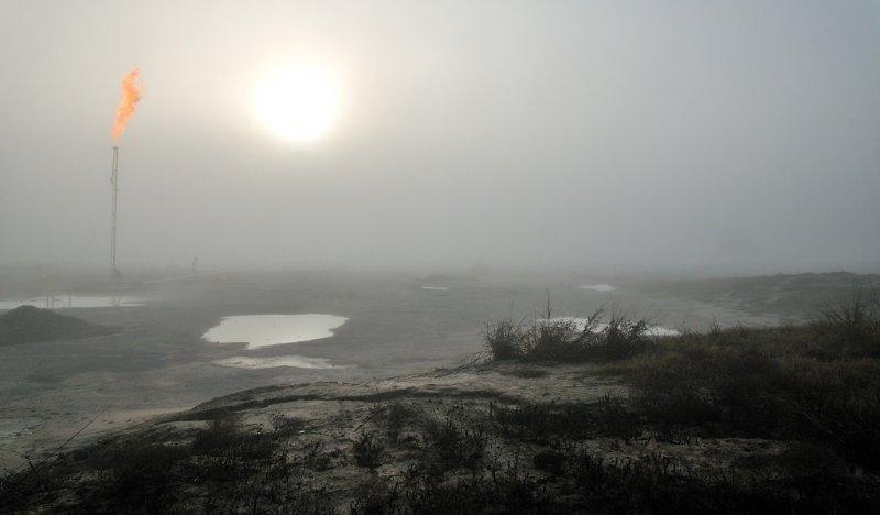 Foggy morning gas flare - JAN_0128