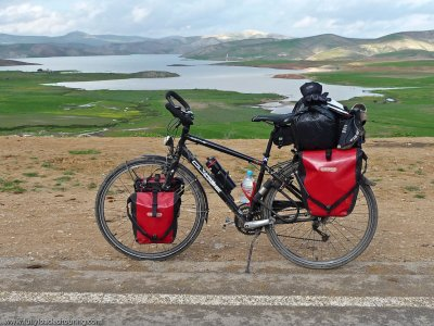 316   Fabio - Touring Morocco - Specialized Globe 5.1 touring bike