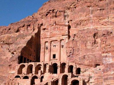 0046 Urn Tomb.jpg
