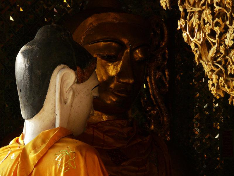 Two buddhas 1.jpg