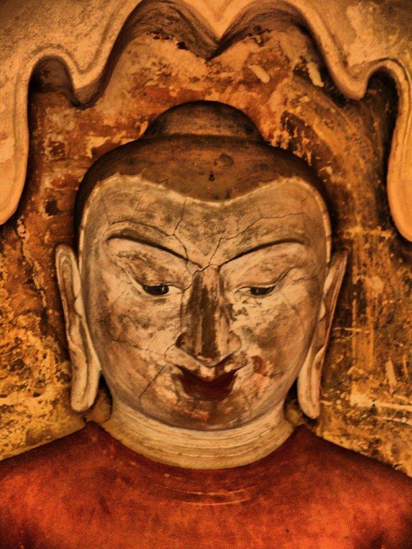 Buddha detail Bagan HDR.jpg