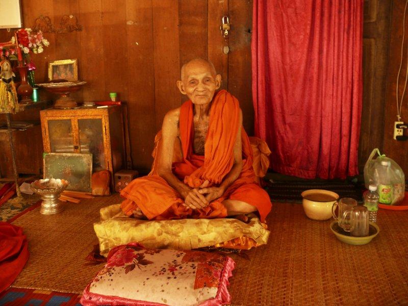 Monk in Wat Bo.jpg