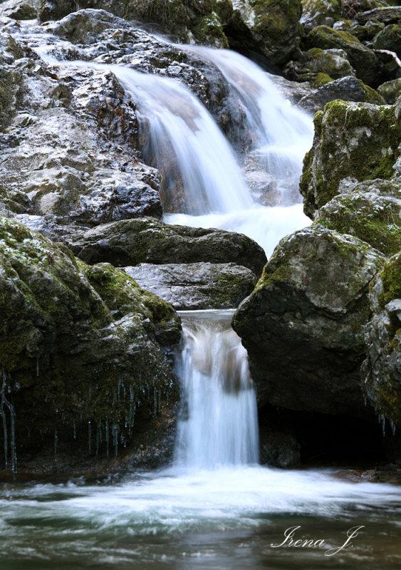 Waterfall in gorge Pekel (IMG_5602ok copy.jpg)