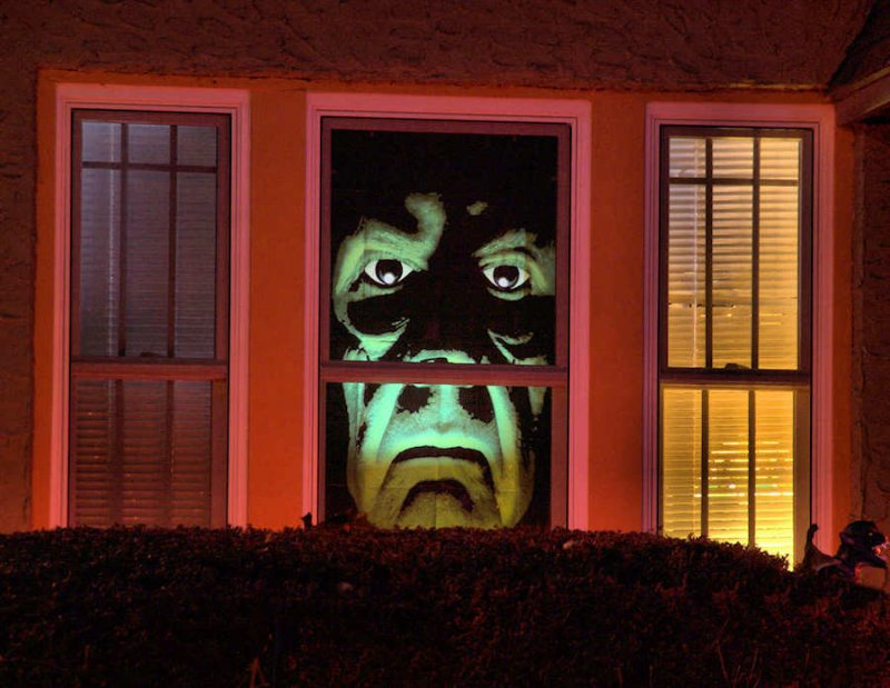 series halloween decorated house 4