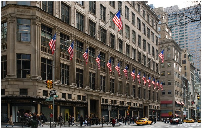 Saks 5th Ave.