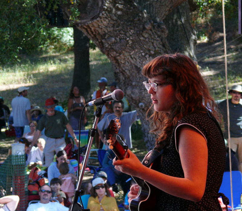 Sallie sings to the shade-dwellers