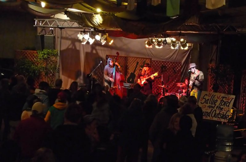 Sallie Ford and the Sound Outside plays Hotlicks Friday night