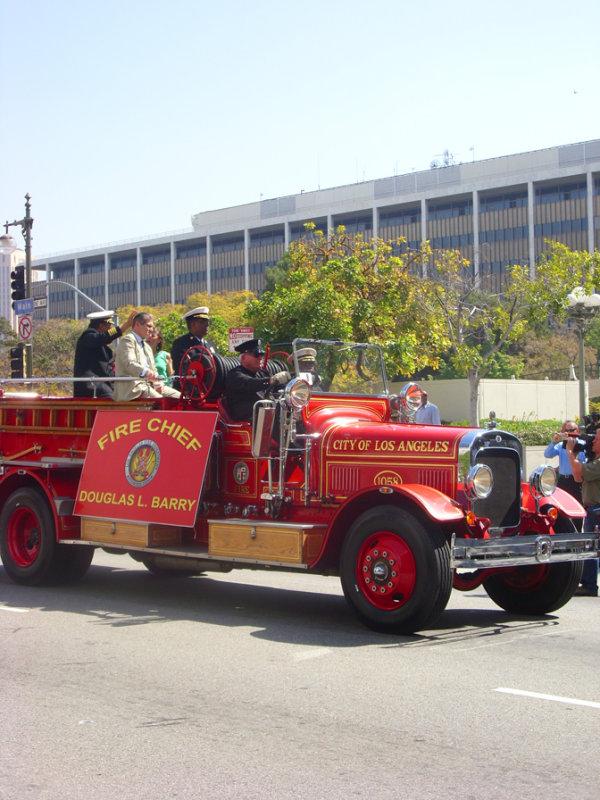 Parade 812 LAFD Fire Cief Barry.jpg