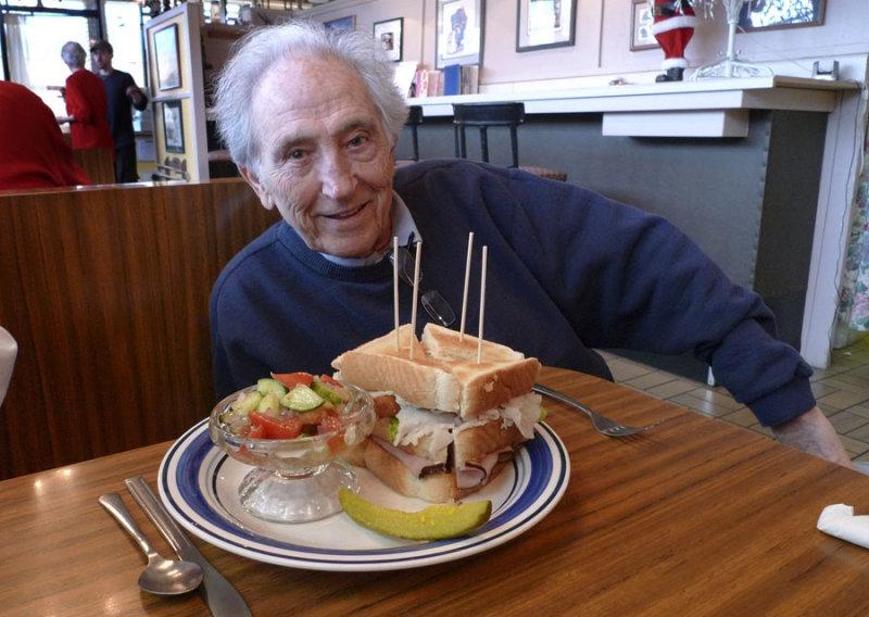 P1020199 Petes Unique Mile High Sandwich