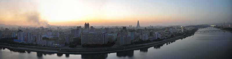 Panorama of the west bank of the Taedong River, Pyongyang
