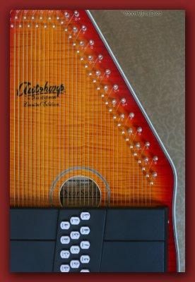 Oscar Schmidt OS110 Honey Sunburst Autoharp