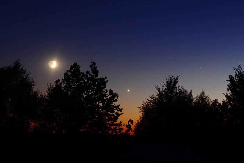 Crescent  Moon with Venus & Mars