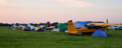tents and planes