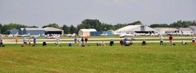 airshow spectators