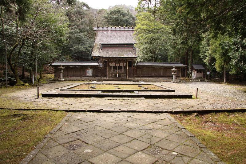 Wakasahiko-jinja