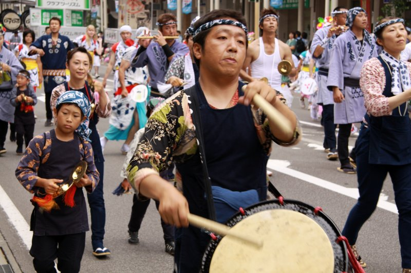 Taiko drummer in the parade