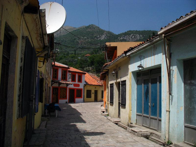 Old village lane off Stari Bar