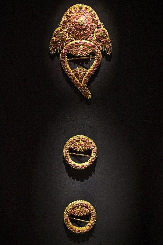 ACM24 Ancient Jewelry.jpg