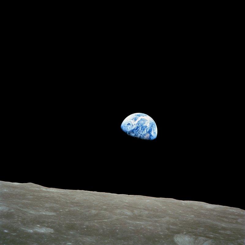 Bill Anders /b.1933/: Earthrise, 1968
