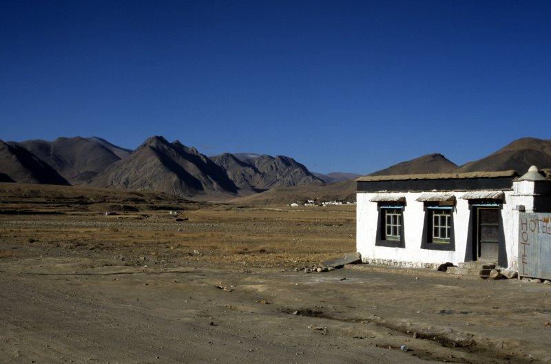 Tingri. The first hotel enroute, a former caravan serail