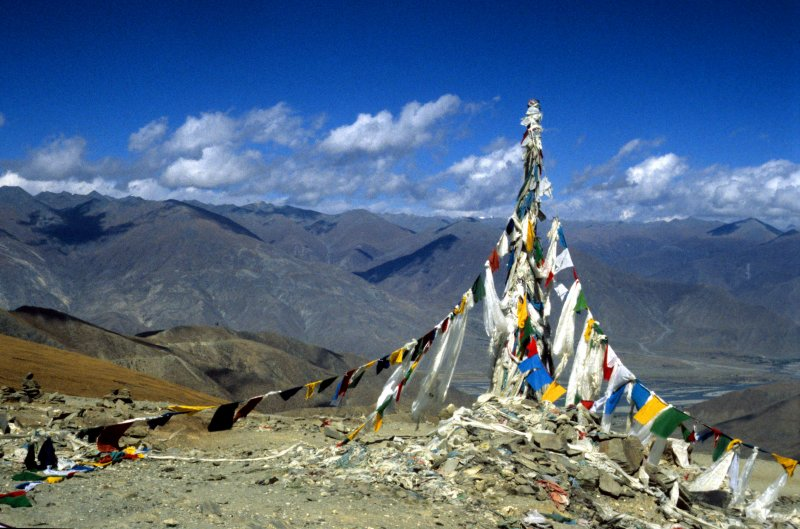 The last pass before Lhasa, the Khamba La Pass (4794 m)