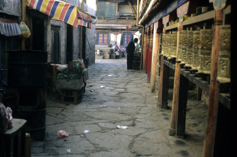 Lhasa, Inner court of Jokhang temple